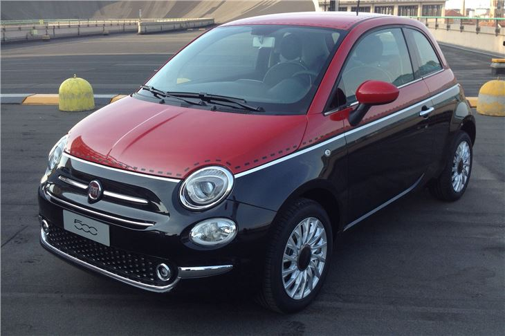 Fiat Black And Red on 2012 Fiat 500 Engine