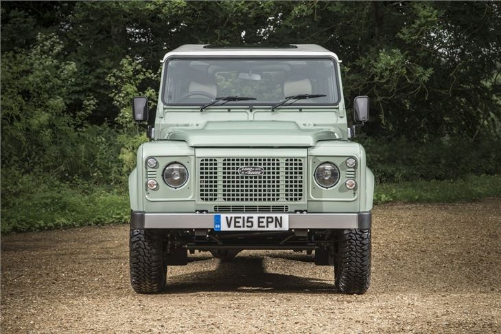 Land Rover Defender 90 Heritage 2016 Road Test Road