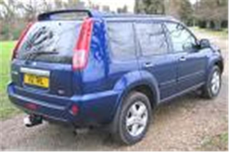 nissan x trail 2 2 dci 136ps 2004 road test road tests honest john. Black Bedroom Furniture Sets. Home Design Ideas