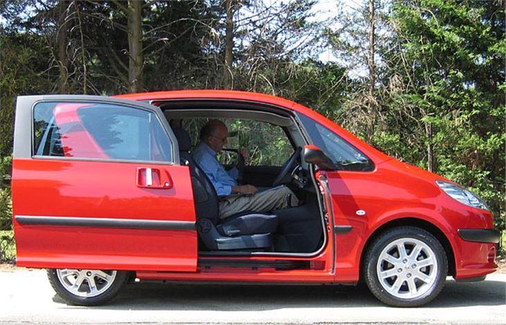 Peugeot 1007 2005 Road Test Road Tests Honest John