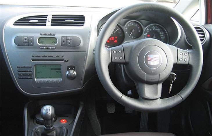 Seat Leon 2 0tfsi Sport 2006 Road Test Road Tests