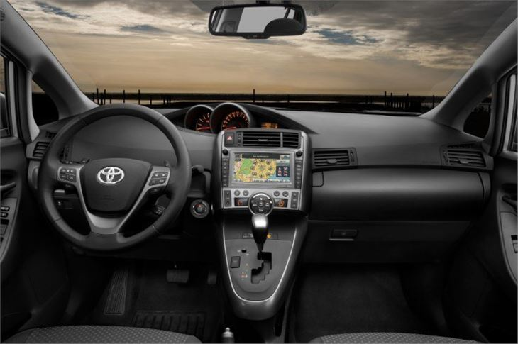 Toyota Verso 2009 Road Test
