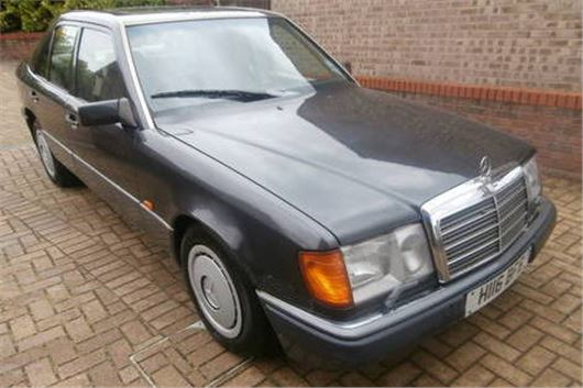 A Grand Monday: Mercedes 260E W124 | | Honest John