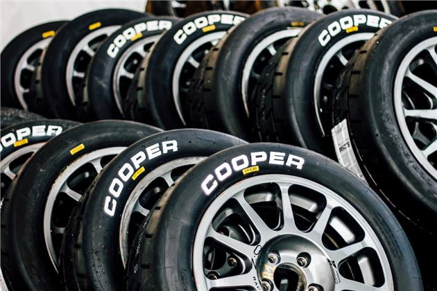 Car Tyre Rims, We Give You Lowdown On Tyres From Michelin Pirelli Goodyear And Continental As Well As Details On What To Look For When Buying And How To Make Your Tyres, Car Tyre Rims