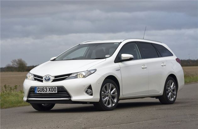 toyota auris touring sports hybrid our cars honest john. Black Bedroom Furniture Sets. Home Design Ideas