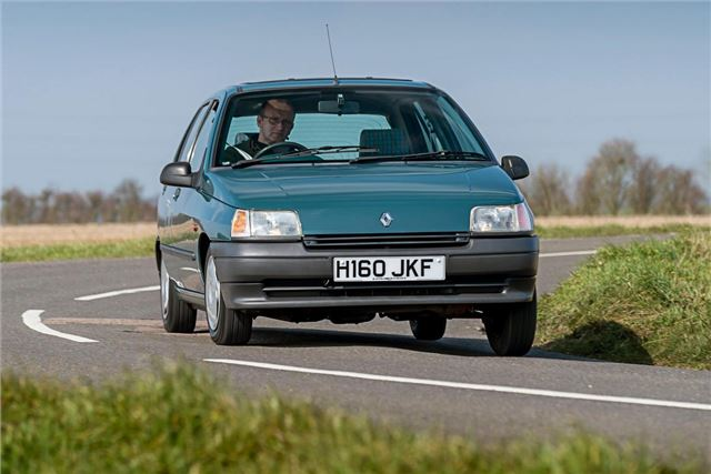 renault clio mk1 classic car review honest john
