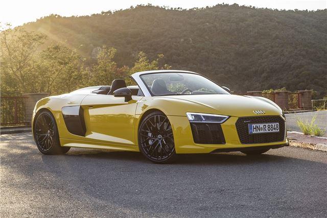 Audi R8 Spyder 2016 Road Test