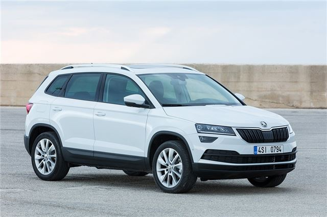 skoda karoq 1 5 tsi 2017 road test road tests honest john. Black Bedroom Furniture Sets. Home Design Ideas