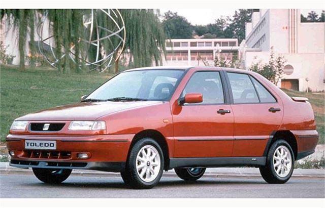 SEAT Toledo Mk1 - Classic Car Review  Honest John