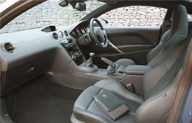 Peugeot RCZ 2010 - Car Review - Interior | Honest John