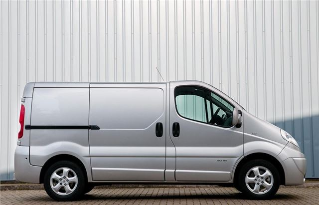 renault trafic 2001 van review honest john. Black Bedroom Furniture Sets. Home Design Ideas