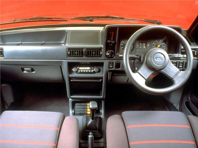 Ford Escort Xr3 Xr3i Classic Car Review Honest John