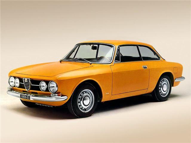 Alfa Romeo Giulia (Type 105) - Classic Car Review | Honest John