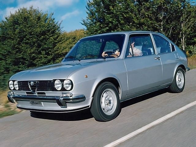 Alfa Romeo Alfasud And Sprint Classic Car Review Honest John - Alfa romeo alfasud for sale
