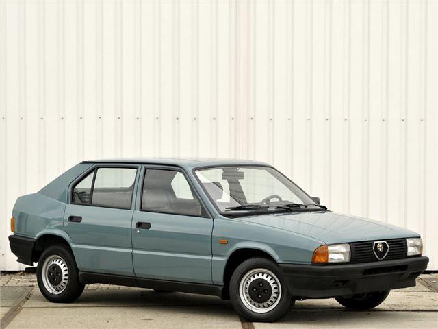 Admiral Car Insurance >> Alfa Romeo Alfa 33 - Classic Car Review | Honest John