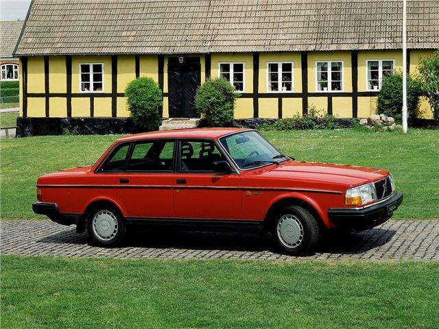 Volvo 240-Series - Classic Car Review | Honest John