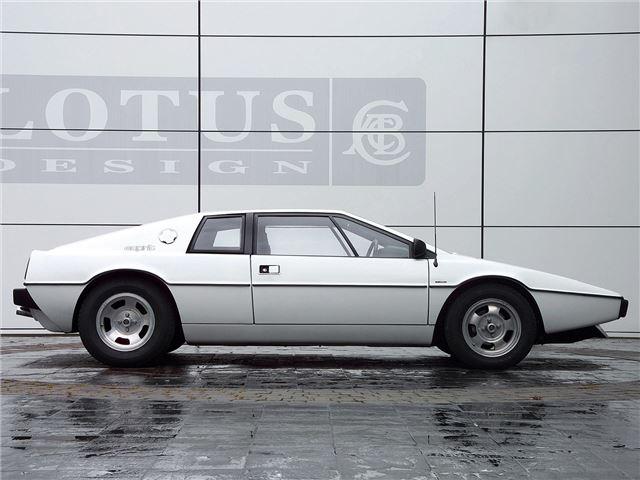 lotus esprit s1 s3 classic car review honest john. Black Bedroom Furniture Sets. Home Design Ideas