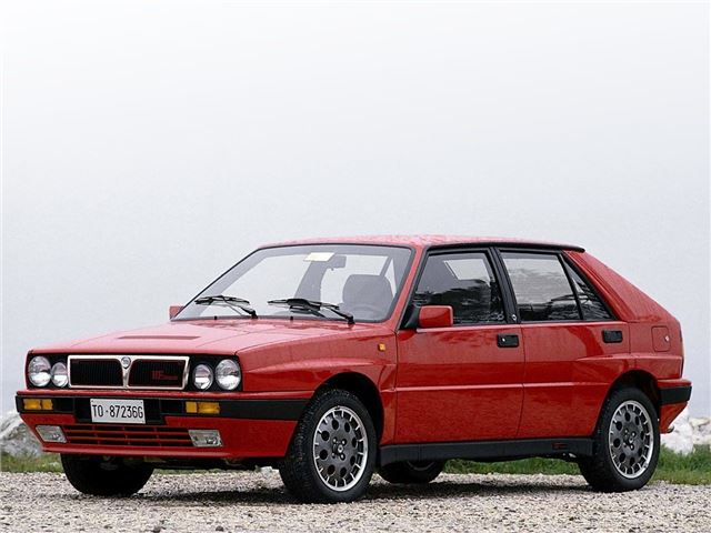 lancia delta integrale - classic car review - specifications