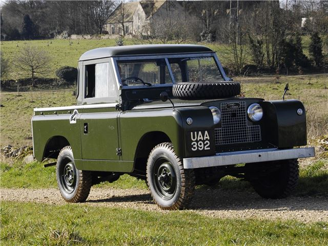 land rover series 2 classic car review honest john. Black Bedroom Furniture Sets. Home Design Ideas