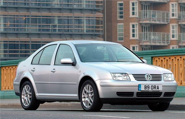 Volkswagen~Bora~(1)