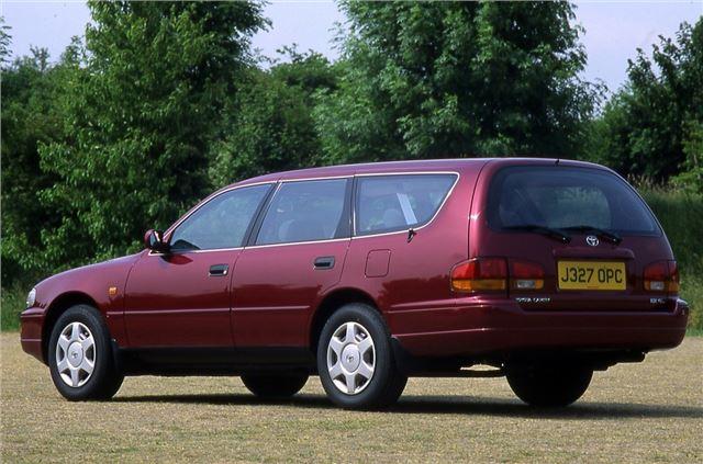 toyota camry 1991 car review good bad honest john. Black Bedroom Furniture Sets. Home Design Ideas