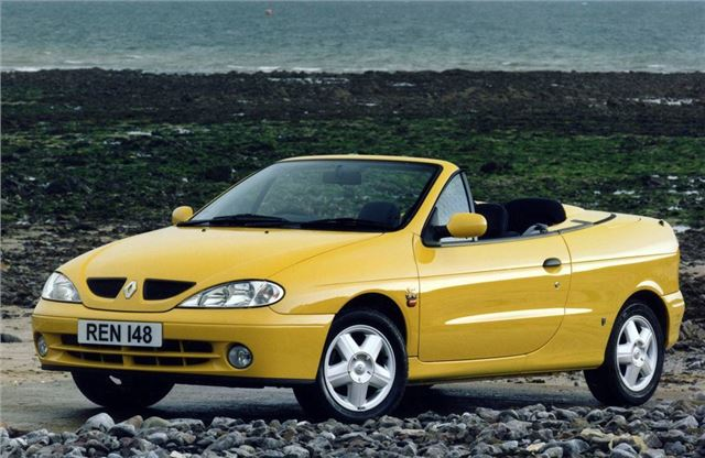 renault megane coupe cabrio 1999 car review honest john. Black Bedroom Furniture Sets. Home Design Ideas