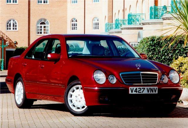 Mercedes benz e class w210 1995 car review honest john for 2002 mercedes benz e320 review