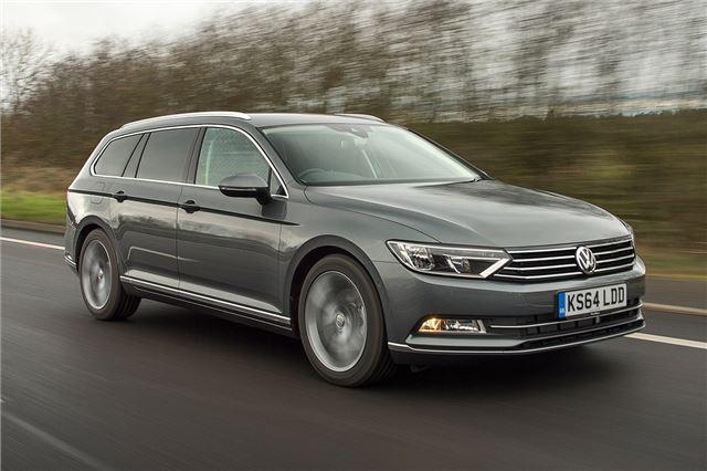 Volkswagen Passat Estate 2015 Car Review Driving