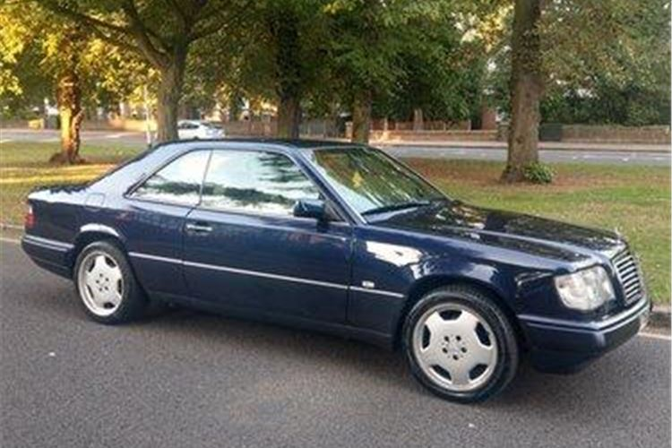 14 Mercedes Benz E Class Coupe Classic Cars For Sale Classic Cars