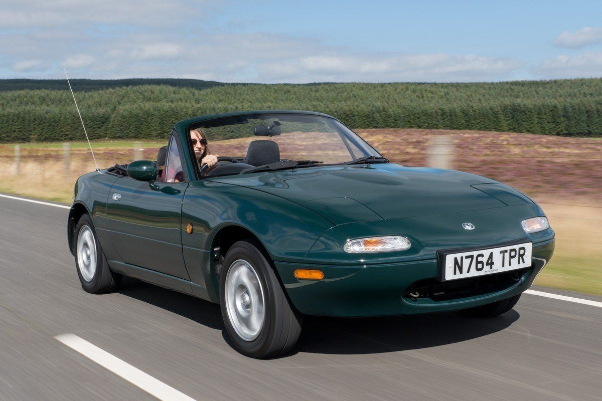 mazda mx 5 mk1 classic car review honest john. Black Bedroom Furniture Sets. Home Design Ideas