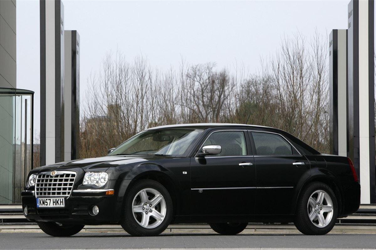chrysler 300c 2005 car review honest john. Black Bedroom Furniture Sets. Home Design Ideas