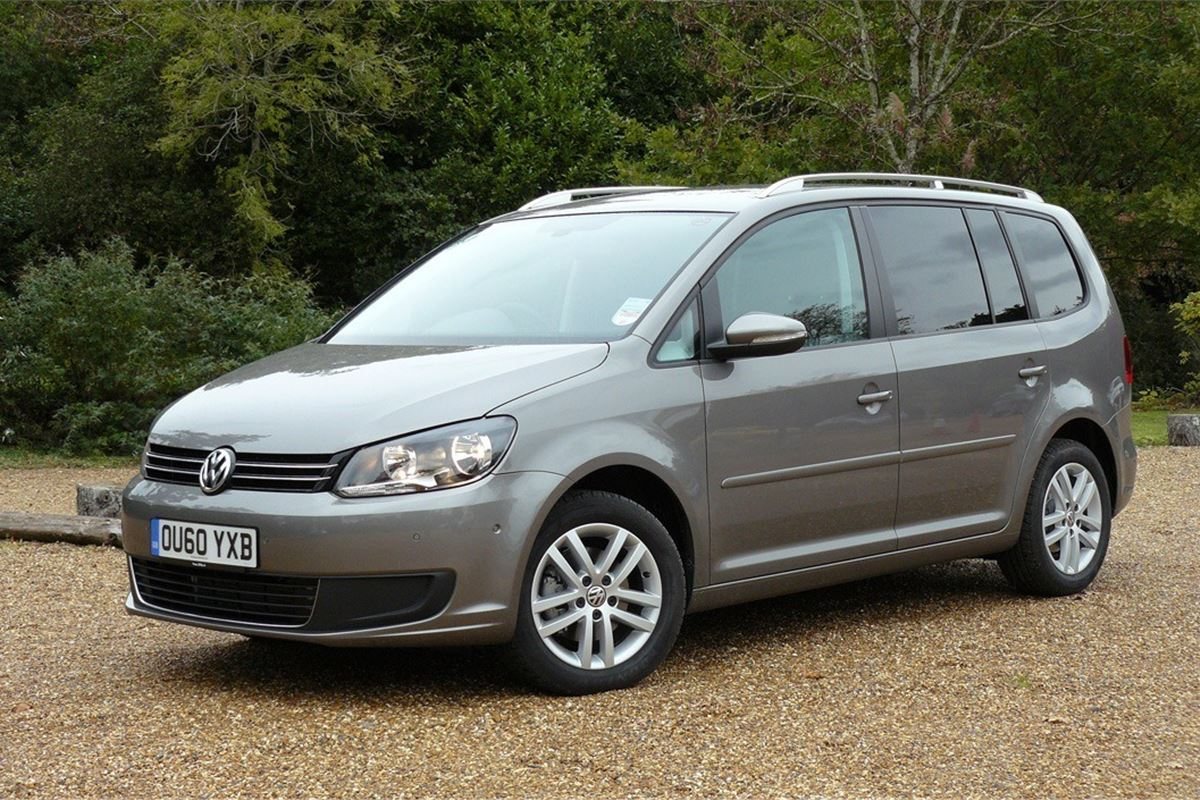 Volkswagen Touran 2010 - Car Review | Honest John