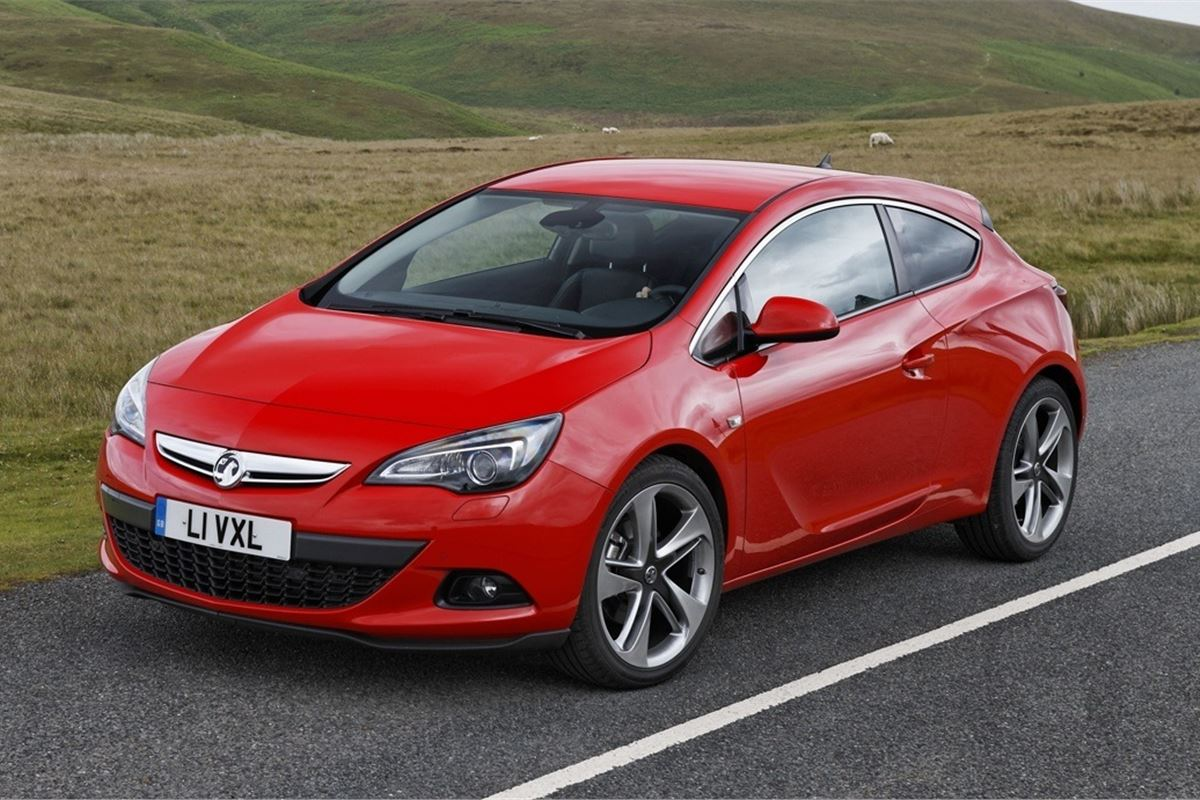 vauxhall astra gtc 2011 car review honest john. Black Bedroom Furniture Sets. Home Design Ideas