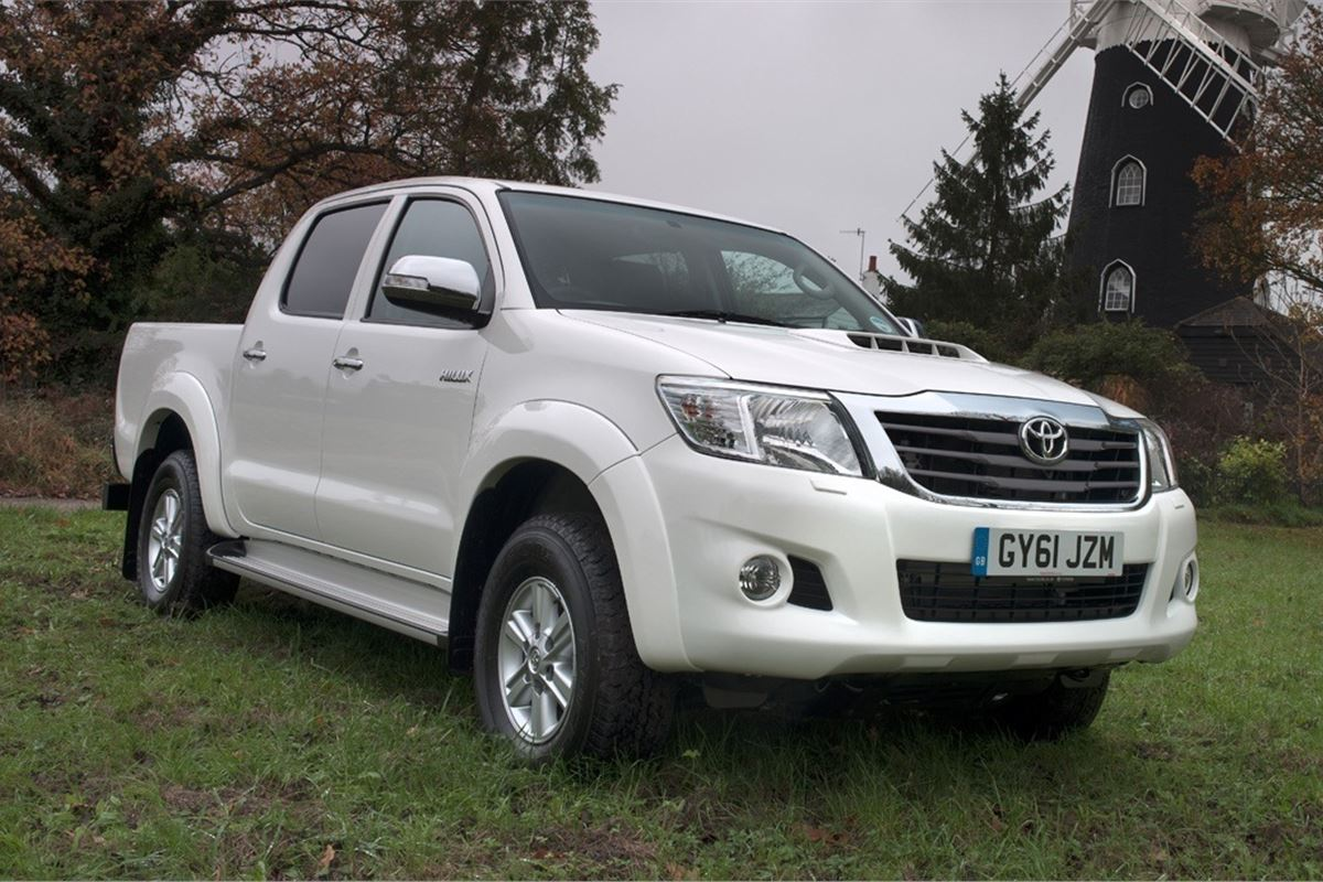 Used Toyota For Sale >> Toyota Hilux 2005 - Van Review | Honest John