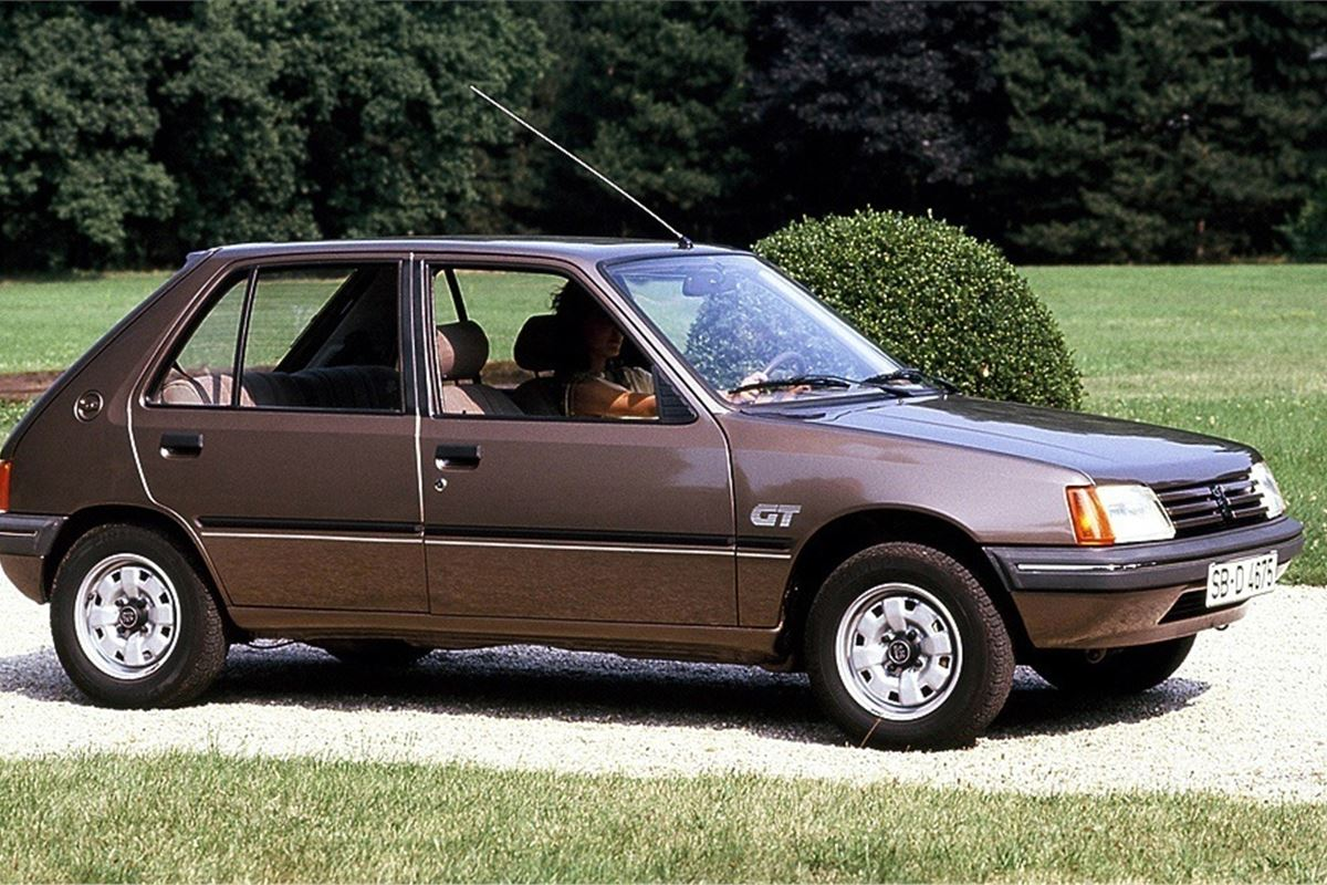 Peugeot 205 - Classic Car Review
