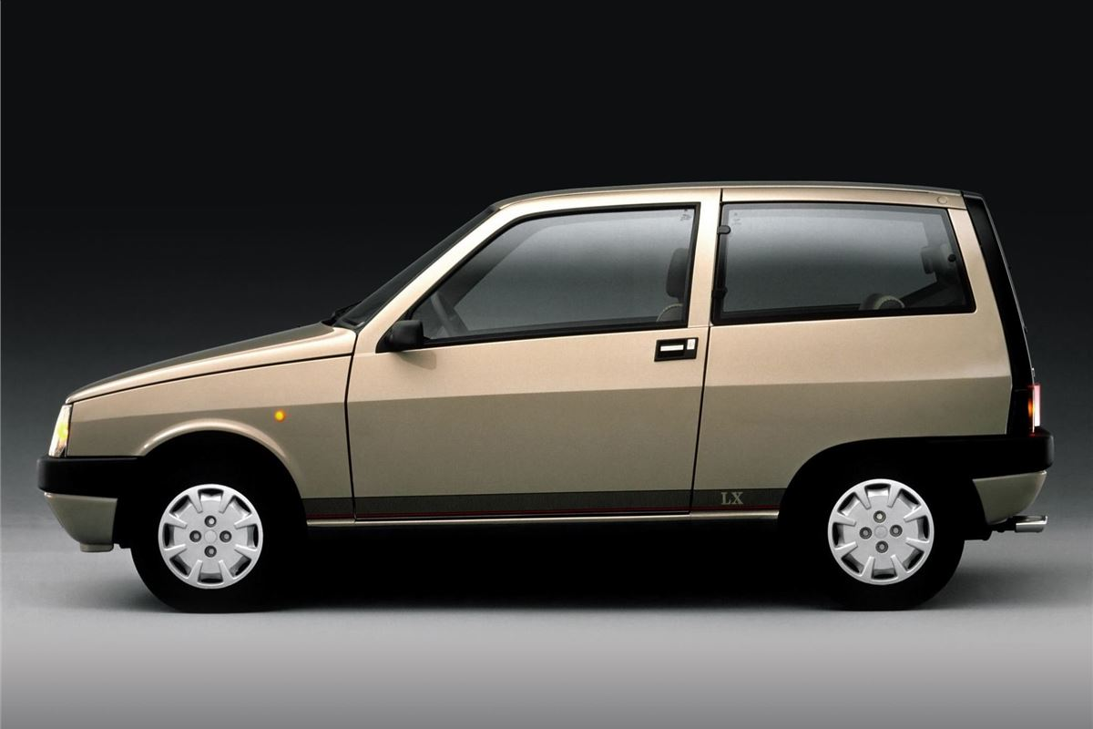 Lancia Y10 - Classic Car Review | Honest John