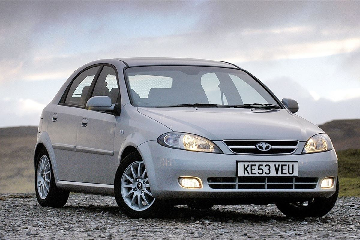 daewoo lacetti 2004 car review honest john. Black Bedroom Furniture Sets. Home Design Ideas