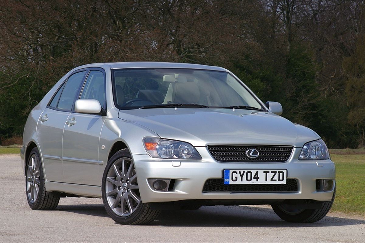 Lexus Is 1999 Car Review Honest John