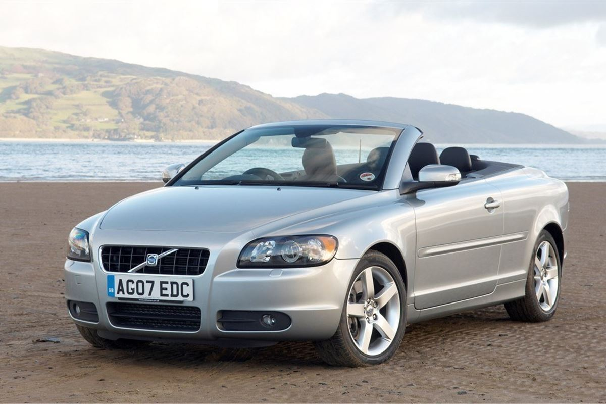 volvo c70 2006 car review honest john. Black Bedroom Furniture Sets. Home Design Ideas