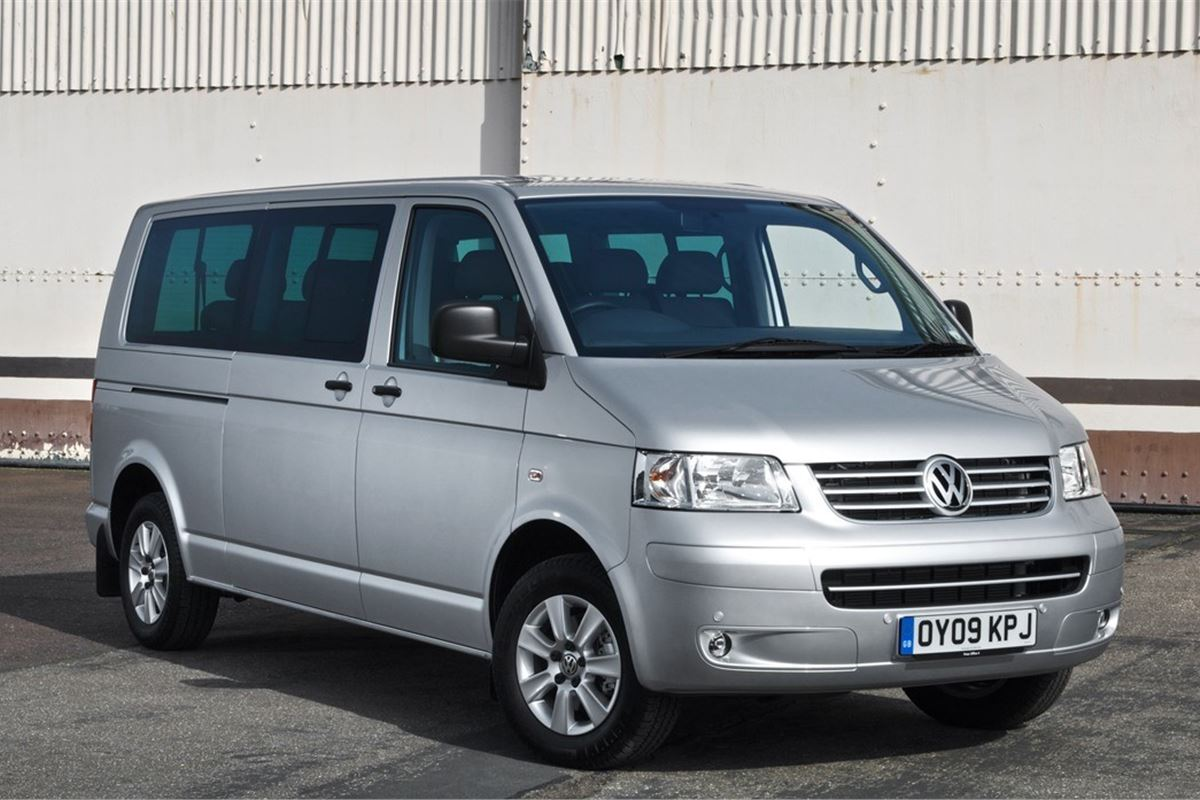 Volkswagen T5 Transporter Shuttle 2004 Car Review
