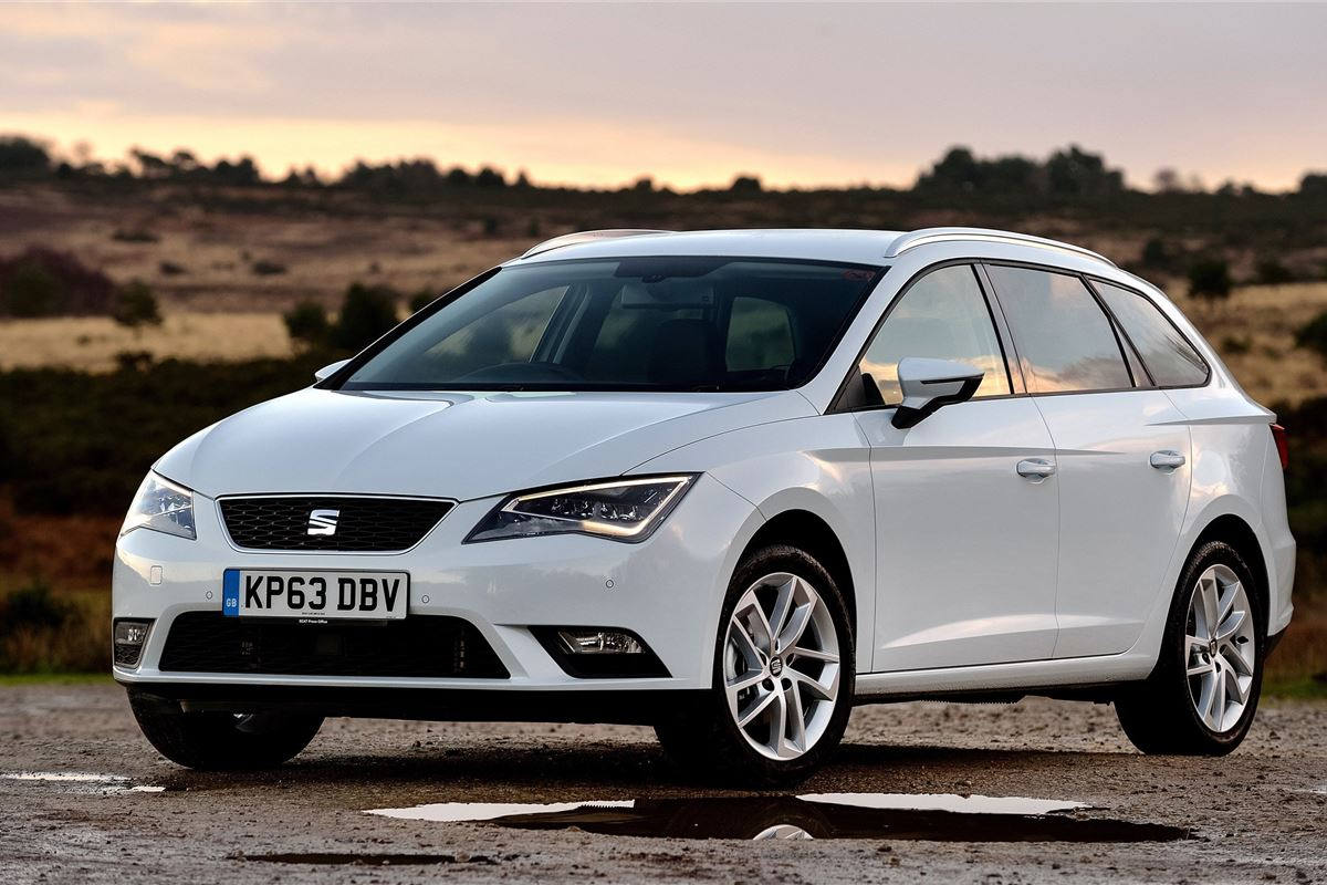 seat leon st 2014 car review honest john. Black Bedroom Furniture Sets. Home Design Ideas