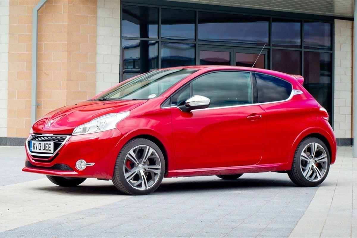 Peugeot 208 GTI 2012 - Car Review