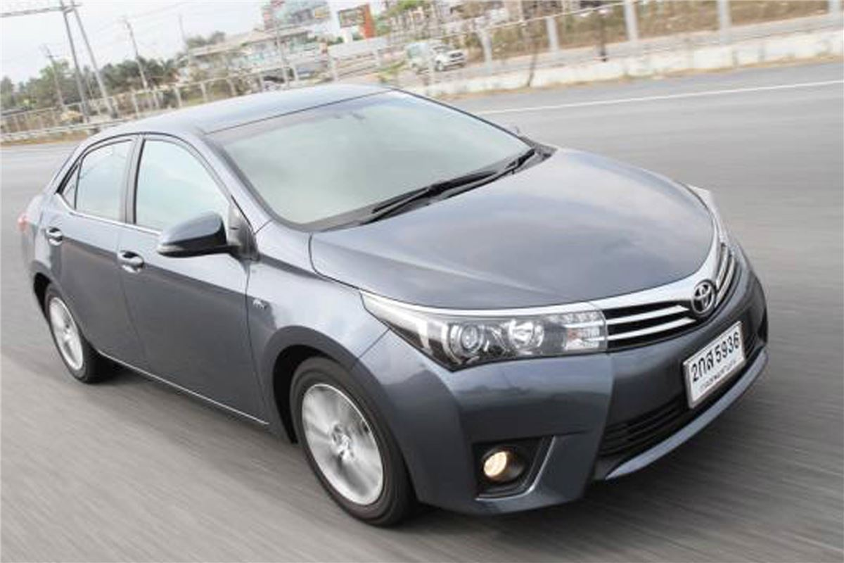 2014 Toyota Corolla For Sale >> Toyota Corolla Altis 2014 - Car Review | Honest John