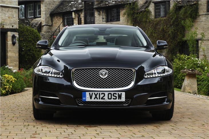 10 Really Bad Luxury Cars That Will Make You Weep: Jaguar XJ X351 2010 - Car Review