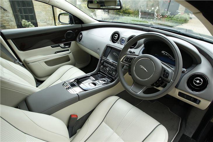 jaguar xj 2010 car review honest john. Black Bedroom Furniture Sets. Home Design Ideas
