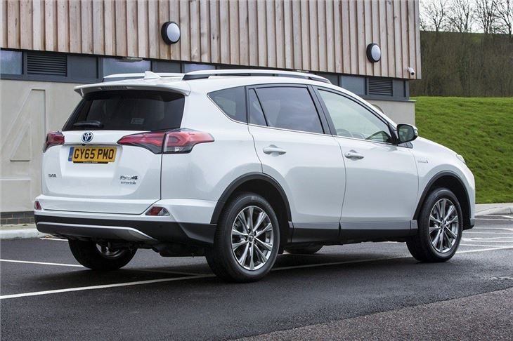 Toyota RAV4 Hybrid 2016 Road Test | Road Tests | Honest John