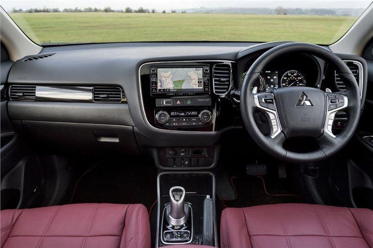 Mitsubishi Outlander Phev 2014 Car Review Honest John