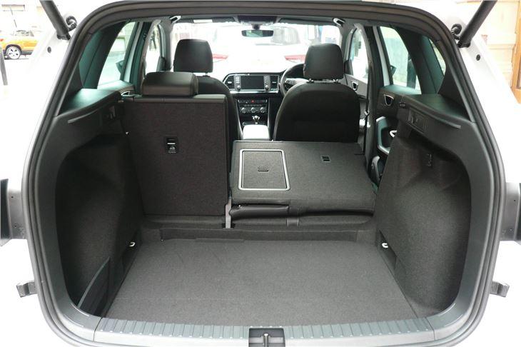 seat ateca 1 0tsi ecomotive 2016 road test road tests honest john. Black Bedroom Furniture Sets. Home Design Ideas