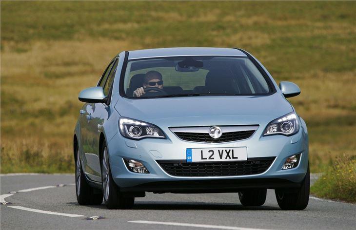 vauxhall astra   car review honest john