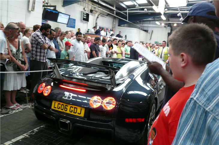 Bugatti Veyron Makes 163 625 00 At Supercar Auction Today